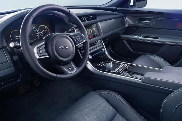 Jaguar XF Saloon 2.0 d MHEV 204PS S 4Dr Auto [Start Stop] inside view